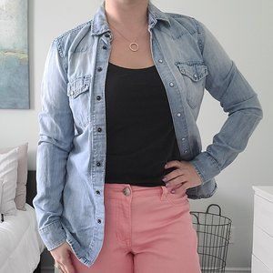 Classic fit faded chambray top